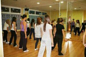 Escuela de baile, muchos negocios rentables