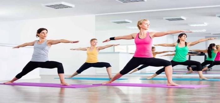 ¿Qué necesitas para abrir un centro de yoga y que tus clientes asistan?