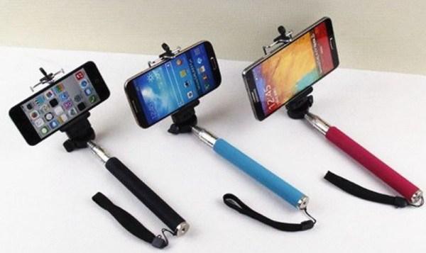 Palo de selfie o selfie stick para autofotos