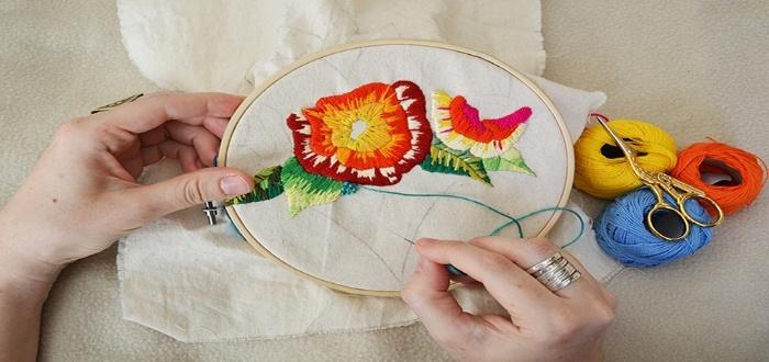 Artesanías para vender con bordado hecho a mano