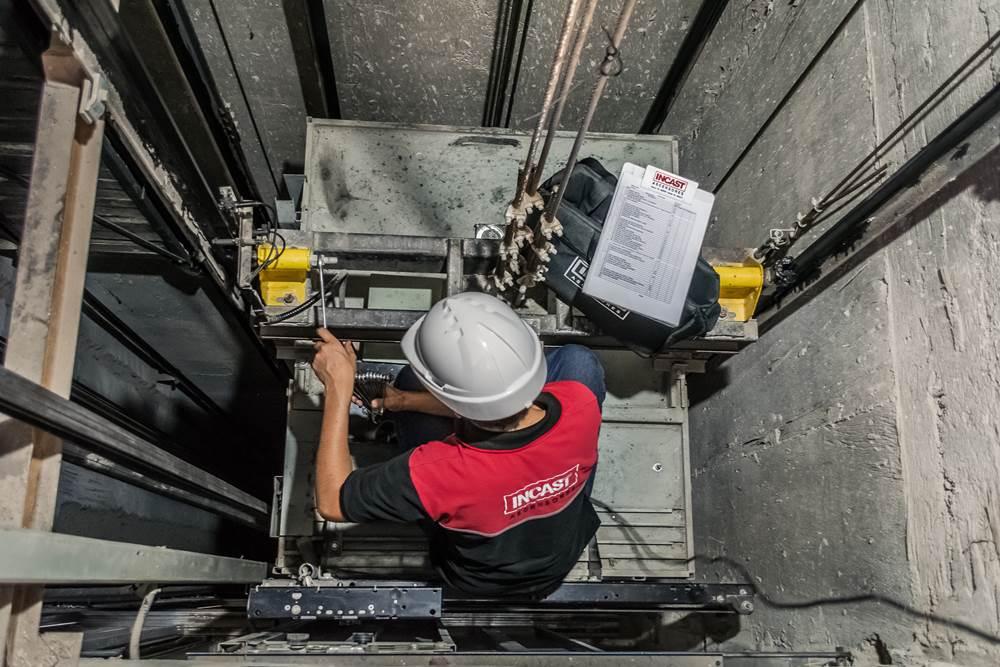 C mo montar un negocio de mantenimiento de ascensores for Ascensores unifamiliares sin mantenimiento