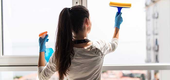 Para montar una empresa de limpieza puedes ofrecer servicios de limpieza doméstica