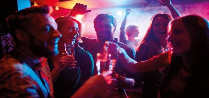 Descubre los pasos para montar una discoteca