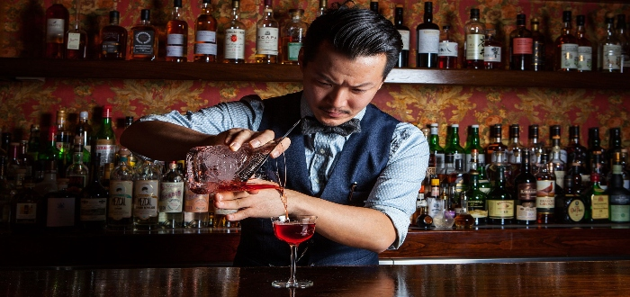 Lo más importante para montar una discoteca, tener un buen bartender