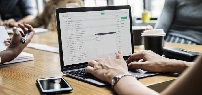 ¿Cómo ser asistente virtual freelance?