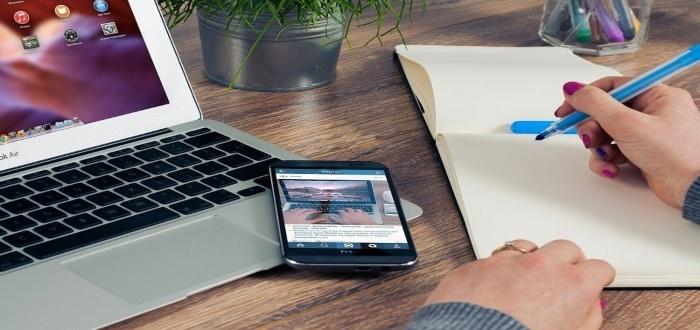 Cómo y dónde trabajar de asistente virtual desde casa