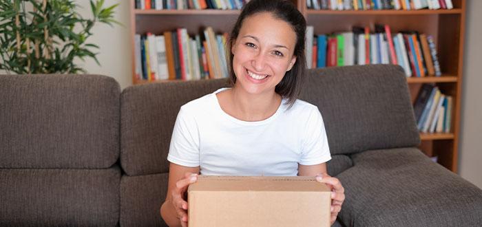 contraer el coronavirus de un paquete que has pedido