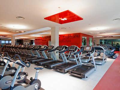 abrir un gimnasio, máquinas y equipos
