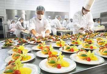 abrir un negocio de catering y banquetes