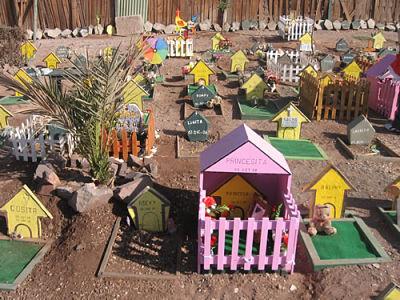 Cómo abrir un cementerio de mascotas