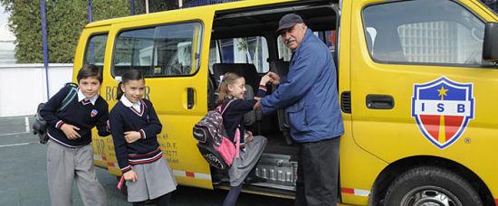 Cómo montar un negocio de transporte escolar
