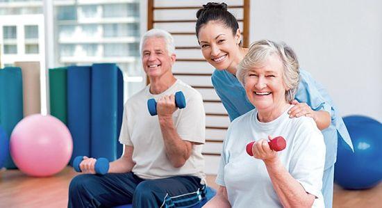 Academia o gimnasio para personas mayores