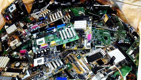 Cómo montar un negocio de recolección de residuos electrónicos