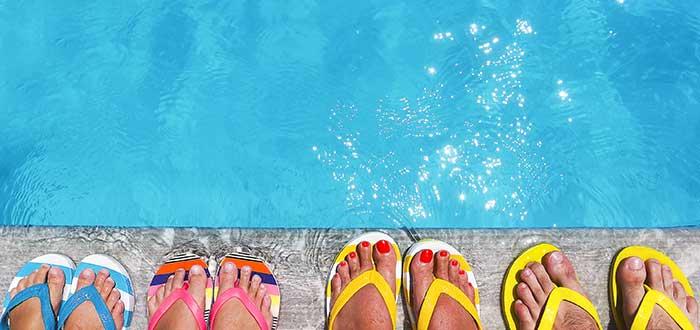 Costos en un negocio de sandalias personalizadas