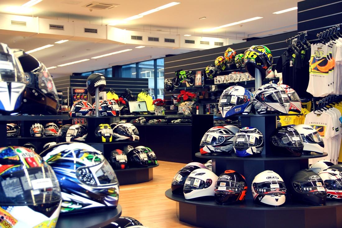 Cómo abrir una tienda de accesorios para motociclistas