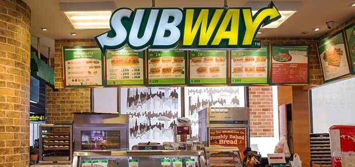 interior-de-franquicia-subway-carteles-del-menu