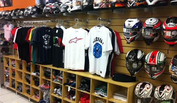 montar una tienda de motociclistas