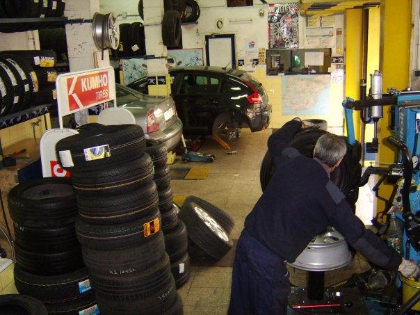 Cómo montar un taller de reparación de neumáticos