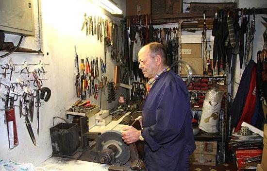Cómo montar una cuchillería o taller de cuchillas