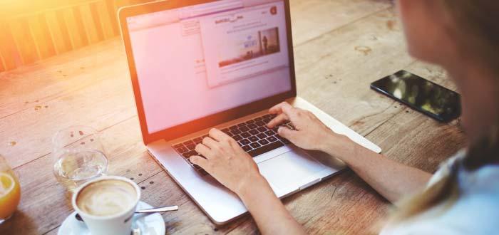 escribiendo-por-internet