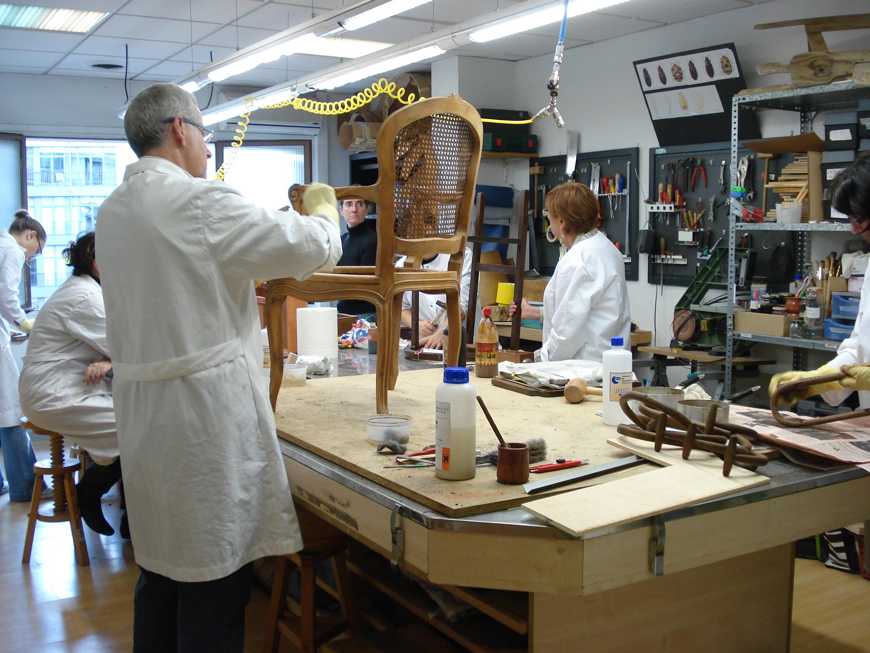 como-montar-un-taller-de-restauracion-de-muebles