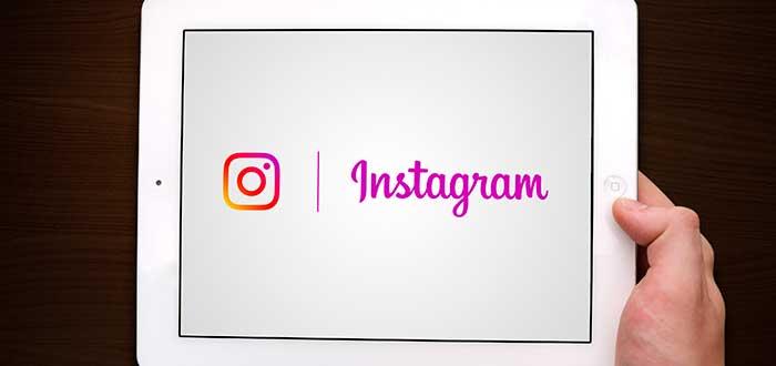 aplicación de instagram abriendo en una tablet