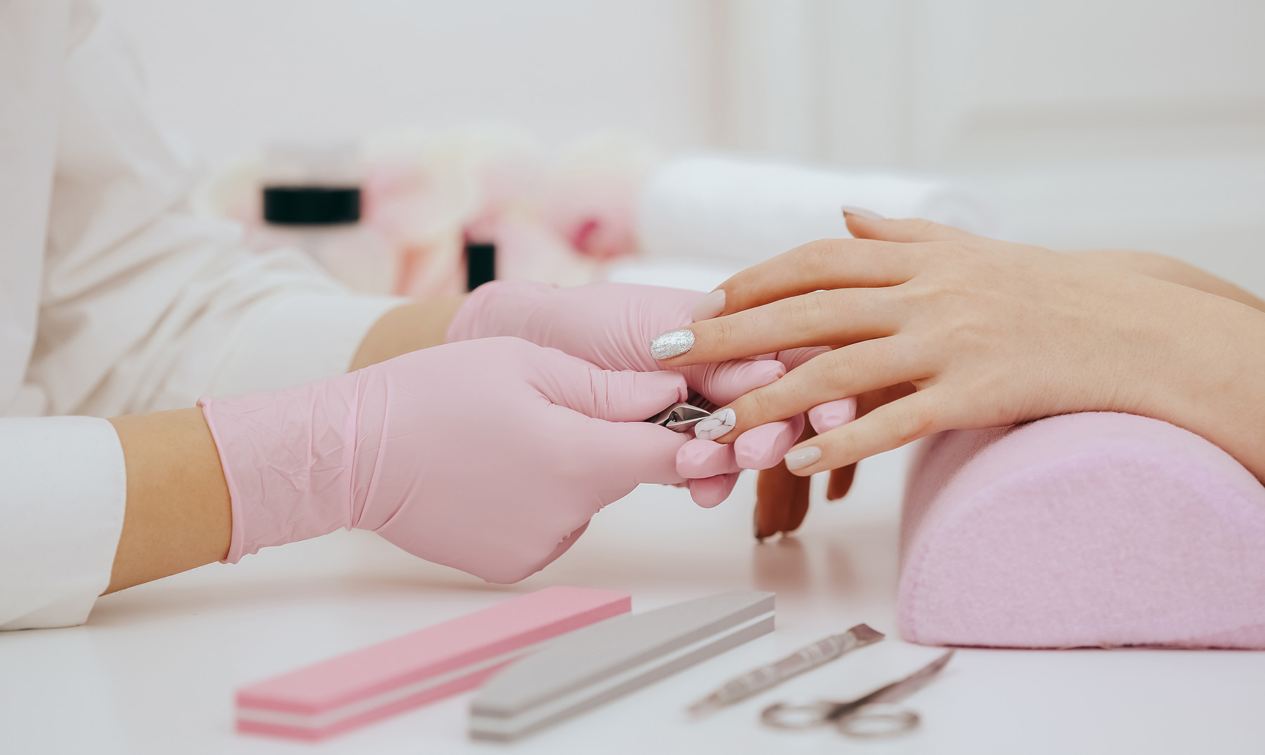 Servicios de manicure a domicilio