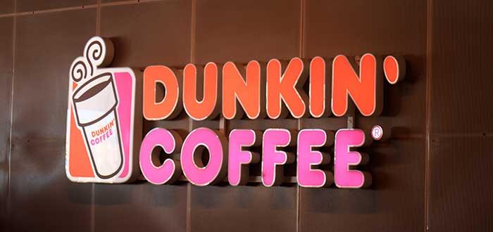 letrero de dukin coffee