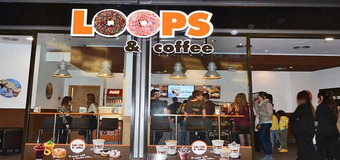 fachada de Loops and Coffee