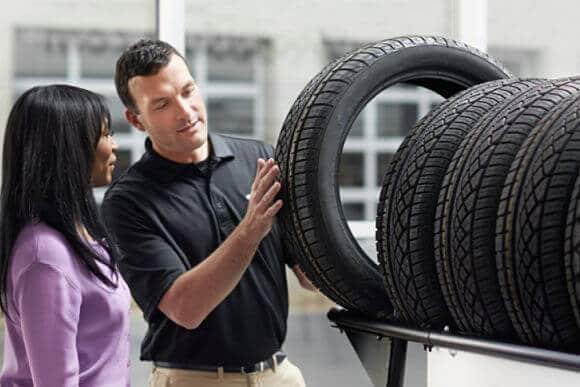 Cómo aperturar una tienda de neumáticos o llantas