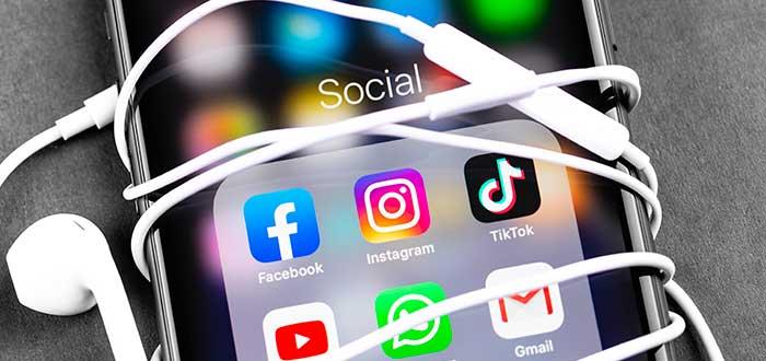 teléfono mostrado aplicaciones de redes sociales