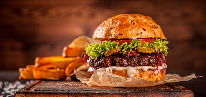 foto de hamburguesa con papas de fondo