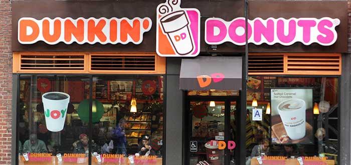 letrero-exterior-establecimiento-franquicia-donkin-donuts