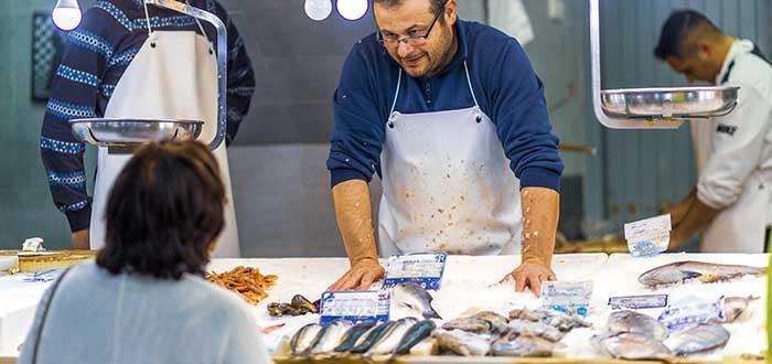 Cómo iniciar un negocio de pescados y mariscos