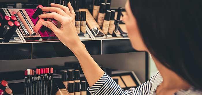 Cómo poner una tienda de maquillaje