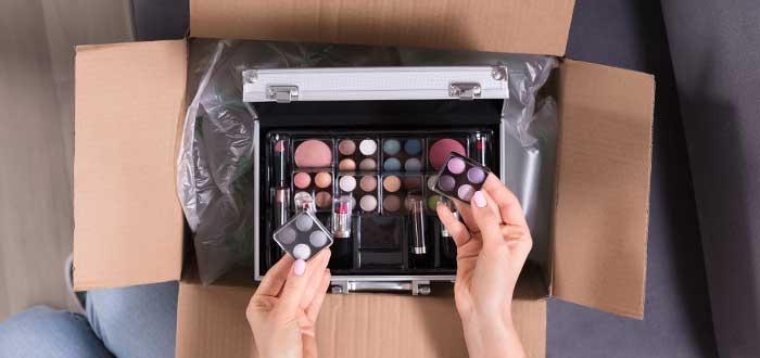 Cómo poner un negocio de maquillaje a domicilio